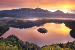 Explore the picturesque city of Bled! - Penzion Zaka - 4 days 3 nights for 2 people with breakfast