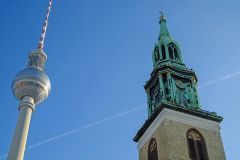 3 in 1! A&O Hotels Berlin - 3 days 2 nights for 2 adults and 2 children with breakfast