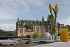 Hotel Mestre Afonso Domingues**** - 4 days 3 nights for 2 persons with breakfast in the centre of Batalha