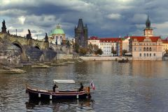 4 days 3 nights for 2 persons with breakfast - Hotel Mucha Prague ****